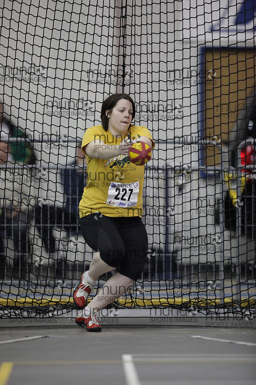 Windsor, Ontario ---12/03/09--- Sarah Klimm of  the University of Regina competes in the women's weight throw at the CIS track and field championships in Windsor, Ontario, March 12, 2009..GEOFF ROBINS Mundo Sport Images