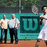 Nederland, Amstelveen, 8 juli 2011..Tennispark amstelpark..Hans Pruijker en directeur Jan de Ruijter.Foto:Jean-Pierre Jans