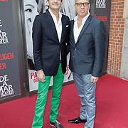 NLD/Amsterdam/20120617 - Premiere Het Geheugen van Water, Maurice Wijnen en partner Ronald den Ouden