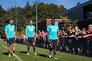 EINDHOVEN, eerste training Siem de Jong, voetbal, seizoen 2016-2017, 23-08-2016, trainingscomplex de Herdgang, Siem de Jong (L), Luuk de Jong (M), Jetro Willems (R) .