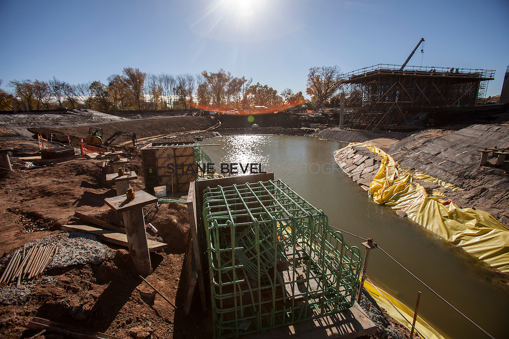 11/29/16 11:27:51 AM -- Updates to Caterpiller Bridge, One Boathouse and general views of the park. <br /> <br /> Photo by Shane Bevel