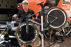 Boels Dolmans bikes receive their final check at Boels Ladies Tour 2018 - Prologue, a 3.3 km time trial in Arnhem, Netherlands on August 28, 2018. Photo by Sean Robinson/velofocus.com