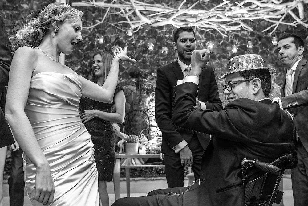 Margaret and Sergio shaking it off on the dance floor at their wonderful destination wedding in San Miguel de Allende, Guanajuato. Photo by Juan Carlos Calderón.