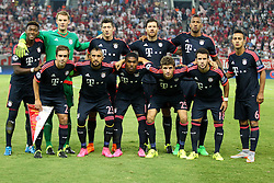 16.09.2015, Karaiskakis Stadium, Piräus, GRE, UEFA CL, Olympiakos Piräus vs FC Bayern München, Gruppe F, im Bild Mannschaftsfoto, Teamfoto, hintere Reihe, l-r: David Alaba #27 (FC Bayern Muenchen), Manuel Neuer #1 (FC Bayern Muenchen), Robert Lewandowski #9 (FC Bayern Muenchen), Xabi Alonso #14 (FC Bayern Muenchen), Jerome Boateng #17 (FC Bayern Muenchen), Thiago Alcantara #6 (FC Bayern Muenchen), vordere Reihe, l-r: Philipp Lahm #21 (FC Bayern Muenchen), Arturo Vidal #23 (FC Bayern Muenchen), Douglas Costa #11 (FC Bayern Muenchen), Thomas Mueller #25 (FC Bayern Muenchen), Thiago Alcantara #6 (FC Bayern Muenchen) // during UEFA Champions League group F match between Olympiacos F.C. and FC Bayern Munich at the Karaiskakis Stadium in Piräus, Greece on 2015/09/16. EXPA Pictures © 2015, PhotoCredit: EXPA/ Eibner-Pressefoto/ Kolbert<br /> <br /> *****ATTENTION - OUT of GER*****