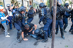 © Licensed to London News Pictures. 21/09/2019. Paris, France. French police attempt to detain a protester after clashes at a climate change demonstration in Paris. Photo credit: Peter Manning/LNP