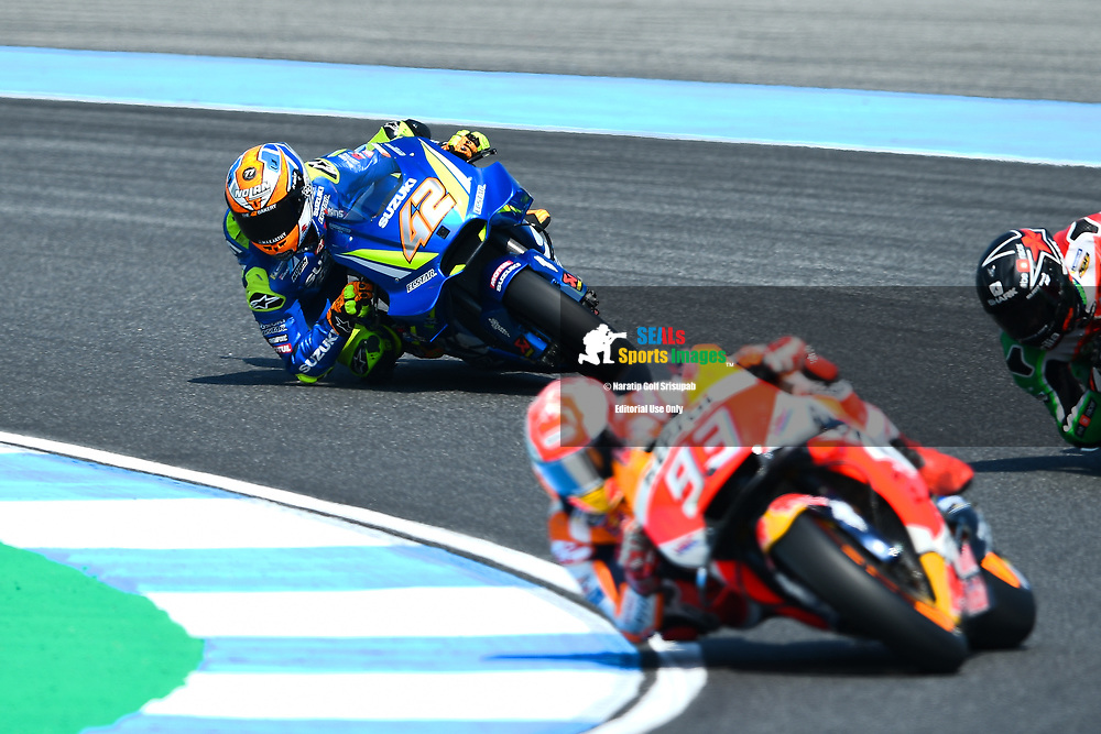 BURIRAM, THAILAND - OCTOBER 06: Alex Rins (42) of Spain and Team SUZUKI ECSTAR in Turn 3 during FP3 at the MotoGP PTT Thailand Grand Prix 2018, Chang International Circuit, Buriram, Thailand on October 06, 2018. <br /> .<br /> .<br /> .<br /> (Photo by: Naratip Golf Srisupab/SEALs Sports Images)<br /> .<br /> Any image use must include a mandatory credit line adjacent to the content which should read: Naratip Golf Srisupab/SEALs Sports Images