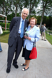 SIR GEORGE & LADY MARTIN at the 2008 Chelsea Flower Show 19th May 2008.<br /><br />NON EXCLUSIVE - WORLD RIGHTS