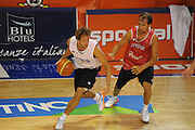 DESCRIZIONE : Folgaria Allenamento Raduno Collegiale Nazionale Italia Maschile <br /> GIOCATORE : Daniele Cavaliero<br /> CATEGORIA : palleggio penetrazione<br /> SQUADRA : Nazionale Italia <br /> EVENTO :  Allenamento Raduno Folgaria<br /> GARA : Allenamento<br /> DATA : 20/07/2012 <br /> SPORT : Pallacanestro<br /> AUTORE : Agenzia Ciamillo-Castoria/GiulioCiamillo<br /> Galleria : FIP Nazionali 2012<br /> Fotonotizia : Folgaria Allenamento Raduno Collegiale Nazionale Italia Maschile <br />  Predefinita :
