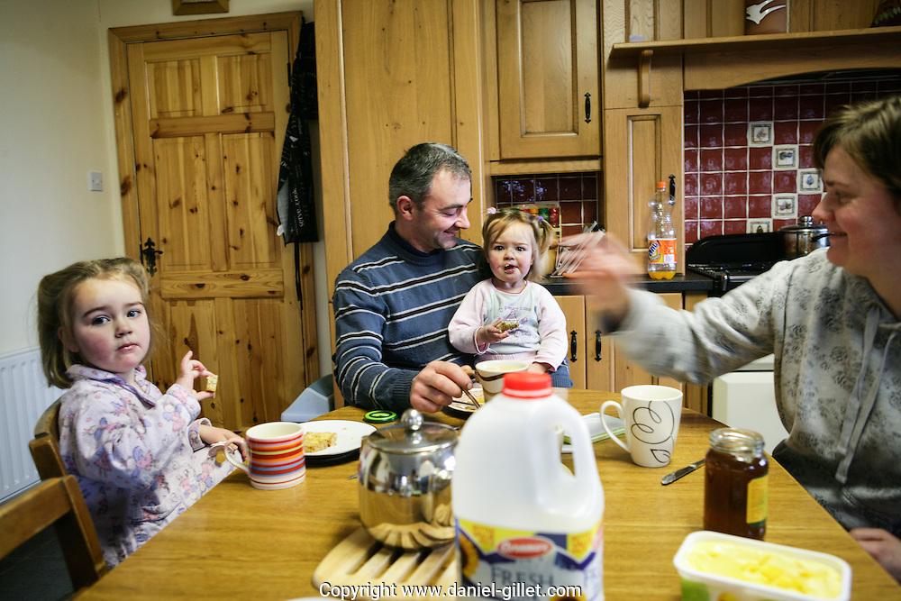 Reportage sur Declan eleveur de vache laitiere a Ballacolla, Irlande. // Report on Declan, dairy farmer in Ballacolla, Irland