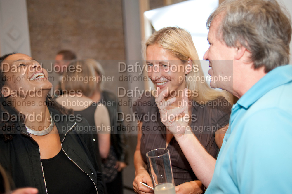 TABITHA JACKSON; IWONA LAZWICK; TONY ELLIOT, The Jarman award 2011. Whitechapel Gallery. London. 3 October 2011. <br /> <br />  , -DO NOT ARCHIVE-© Copyright Photograph by Dafydd Jones. 248 Clapham Rd. London SW9 0PZ. Tel 0207 820 0771. www.dafjones.com.