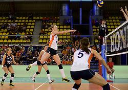 01-06-2014 NED:  Vriendschappelijk Nedeland - Belgie, Eindhoven<br /> Nederland wint met 3-2 van Belgie / Judith Pietersen