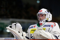 06.12.2015, Eisstadion Liebenau, Graz, AUT, EBEL, Moser Medical Graz 99ers vs EC VSV, 28. Runde, im Bild Jean Philippe Lamoureux (EC VSV) // during the Erste Bank Icehockey League 28th Round match between Moser Medical Graz 99ers and EC VSV at the Ice Stadium Liebenau, Graz, Austria on 2015/12/06, EXPA Pictures © 2015, PhotoCredit: EXPA/ Erwin Scheriau