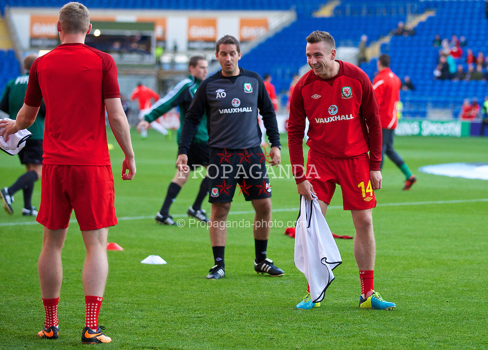 CARDIFF, WALES - Tuesday, September 10, 2013: Wales' Paul Dummett warms-up before the 2014 FIFA World Cup Brazil Qualifying Group A match against Serbia at the Cardiff CIty Stadium. (Pic by David Rawcliffe/Propaganda)