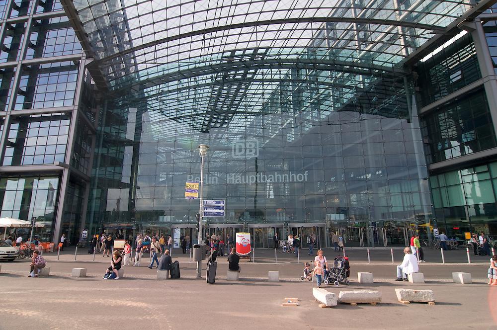 The Lehrter Bahnhof, central Railway station of,Berlin, Germany
