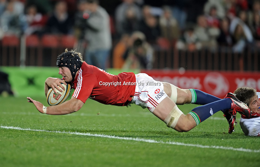 Stephen Ferris of the British&amp;Irish Lions, dives over for his try against the Xerox Lions.<br /> Rugby - 090602 - British&amp;Irish Lions v Xerox Lions - Coca-Cola Park - Johannesburg - South Africa.<br /> Photographer : Anton de Villiers / SASPA