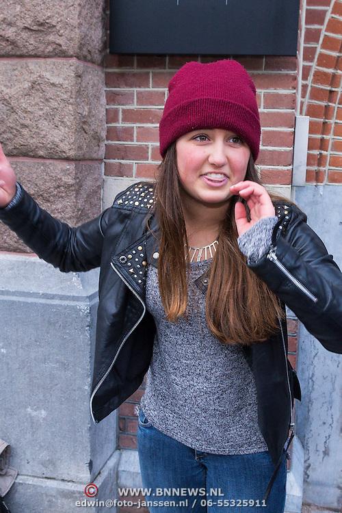 NLD/Amsterdam/20130413 - Justin Bieber in Nederland, emotie's lopen hoog op bij fans