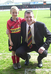 IAN BOWLING WITH MASCOT, Kettering Town v Weymouth Rockingham Road, Last game at Home for Season,  20th April 2002