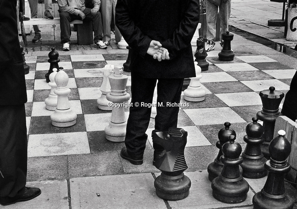 Men play a chess game with giant pieces in a downtown Sarajevo park, Bosnia and Herzegovina, August 1999. PHOTO BY ROGER RICHARDS/DV REPORTER
