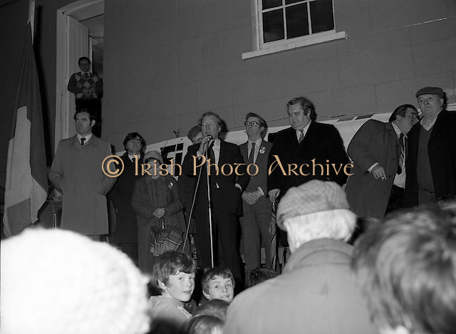 Image of Fianna Fáil leader Charles Haughey touring West Cork during his 1982 election campaign...04/02/1982.02/04/82.4th February 1982..Flagging it up:..Charles Haughey close to the national flag explains to his listeners what is on the Fianna Fáil menu..
