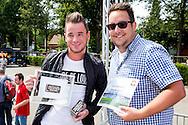 Willem II Open dag - Koningsdag 2015 - Supporters, spelerspresentatie, handtekeningen, actracties, kinderen, jonge supporters, springkussens<br /> <br /> Een van de Winnaar van de beste 5 Kweekers <br /> <br /> foto: Geert van Erven