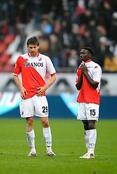 08-11-2009 VOETBAL: FC UTRECHT - HEERENVEEN: UTRECHT<br /> Utrecht verliest met 3-2 van Heerenveen / Jan Wuytens en Nana Asare<br /> ©2009-WWW.FOTOHOOGENDOORN.NL