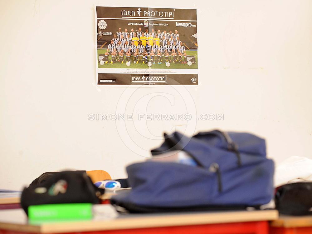 Udine, 28 marzo 2014.<br /> Serie A 2013/2014. <br /> Il portiere dell'Udinese Simone Scuffet tra famiglia, fidanzata e compagni di scuola.<br /> Copyright Foto Petrussi / Ferraro Simone