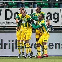 DEN HAAG - ADO Den Haag - PEC Zwolle , Voetbal , Eredivisie , Seizoen 2016/2017 , Kyocera Stadion , 21-01-2017 , ADO Den Haag speler Gervane Kastaneer viert zijn goal voor de 1-0 en krijgt felicitaties