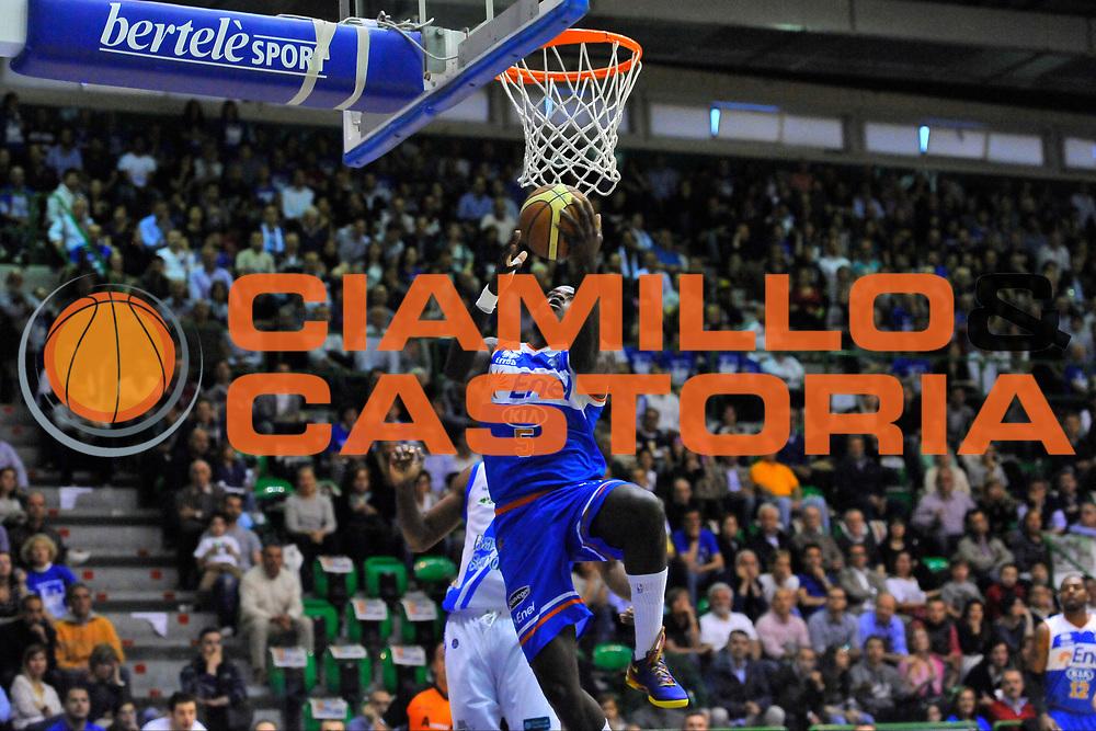DESCRIZIONE : Campionato 2013/14 Quarti di Finale GARA 1 Dinamo Banco di Sardegna Sassari - Enel Brindisi<br /> GIOCATORE : Delroy James<br /> CATEGORIA : Tiro Penetrazione<br /> SQUADRA : Enel Brindisi<br /> EVENTO : LegaBasket Serie A Beko Playoff 2013/2014<br /> GARA : Dinamo Banco di Sardegna Sassari - Enel Brindisi<br /> DATA : 19/05/2014<br /> SPORT : Pallacanestro <br /> AUTORE : Agenzia Ciamillo-Castoria / Luigi Canu<br /> Galleria : LegaBasket Serie A Beko Playoff 2013/2014<br /> Fotonotizia : DESCRIZIONE : Campionato 2013/14 Quarti di Finale GARA 1 Dinamo Banco di Sardegna Sassari - Enel Brindisi<br /> Predefinita :