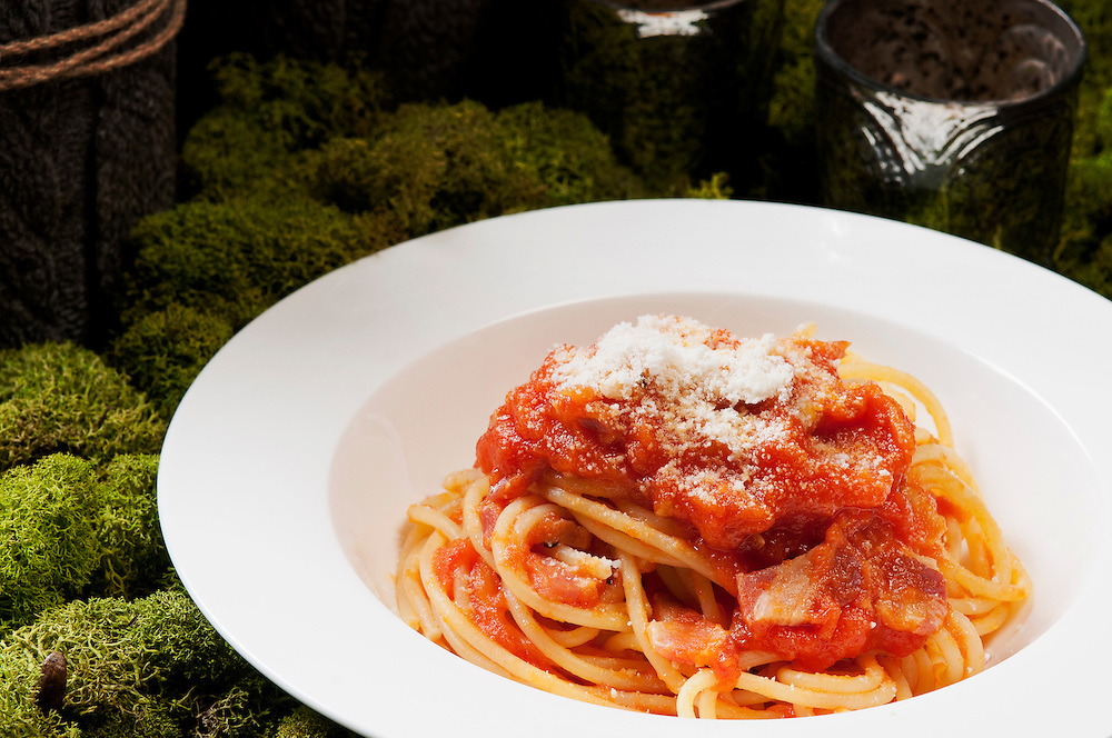Francesca's Spaghetti all'Amatriciana // www.florastable.com