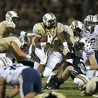 ORLANDO, FL - OCTOBER 09: Jordan Akins #88 of the UCF Knights runs the football at Bright House Networks Stadium on October 9, 2014 in Orlando, Florida. (Photo by Alex Menendez/Getty Images) *** Local Caption *** Jordan Akins