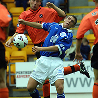 St Johnstone v Dundee Utd.... 11.8.01<br />Jim Hamilton and Ross Forsyth with strange expressions<br /><br />Pic by Graeme Hart<br />Copyright Perthshire Picture Agency<br />Tel: 01738 623350 / 07990 594431