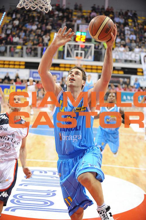 DESCRIZIONE : Biella Lega A 2010-11 Angelico Biella Vanoli Braga Cremona<br /> GIOCATORE : Jasmin Perkovic<br /> SQUADRA : Vanoli Braga Cremona<br /> EVENTO : Campionato Lega A 2010-2011 <br /> GARA : Angelico Biella Vanoli Braga Cremona<br /> DATA : 14/11/2010<br /> CATEGORIA : Penetrazione Tiro<br /> SPORT : Pallacanestro <br /> AUTORE : Agenzia Ciamillo-Castoria/ L.Goria<br /> Galleria : Lega Basket A 2010-2011  <br /> Fotonotizia : Biella Lega A 2010-11 Angelico Biella Vanoli Braga Cremona<br /> Predefinita :