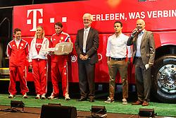 19.08.2014, Allianz Arena, Muenchen, GER, 1. FBL, FC Bayern Muenchen, Praesentation Mannschaftsbus Lions Coach, im Bild l-r: Armin Kriz (Busfahrer), Sandra Koenig (Busfahrerin), Michael Lauerbach (Busfahrer), Bernd Maierhofer (Vorstand Forschung und Entwicklung MAN), Thiago Alcantara #6 (FC Bayern Muenchen) und Stephan Lehmann (Stadionsprecher) mit dem neuen Mannschaftsbus des FC Bayern Muenchen // during the Presentation of the Lions Coach of German Bundesliga Club FC Bayern Munich at the Allianz Arena in Muenchen, Germany on 2014/08/19. EXPA Pictures © 2014, PhotoCredit: EXPA/ Eibner-Pressefoto/ Kolbert<br /> <br /> *****ATTENTION - OUT of GER*****