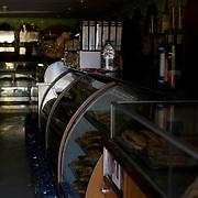 Panaderia sin servicio electrico en la Urbanizacion Nueva Casarapa, Guarenas, Estado Miaranda en donde se aprecia la falta del servicio electrico 13-01-2010. Photography by Aaron Sosa