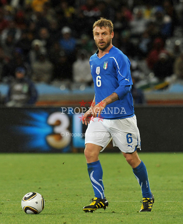 Football - soccer: FIFA World Cup South Africa 2010, Italy (ITA) - Paraguay (PRY), DANIELE DE ROSSI