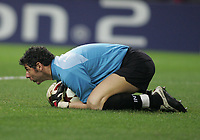 "PORTUGAL - PORTO 23 FEBRUARY 2005: Goalkeeper FRANCESCO TOLDO #1, First Knock-out Round First Leg of the UEFA Champions League, match FC Porto (1) vs FC Internazionale (1), held in ""Dragao"" stadium  23/02/2005  20:47:26<br />