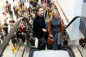 Koningin bezoekt ElanArt - winnaar Appeltje van Oranje