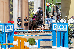 MEYER-ZIMMERMANN, Janne-Friederike (GER), Soccero 2<br /> Berlin - Global Jumping Berlin 2018<br /> CSI2* Large Tour<br /> 27. Juli 2018<br /> © www.sportfotos-lafrentz.de/Stefan Lafrentz