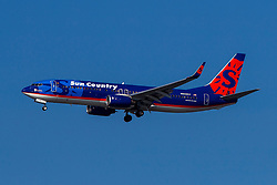 Boeing 737-8Q8 (N809SY) operated by Sun Country Airlines on approach to San Francisco International Airport (KSFO), San Francisco, California, United States of America