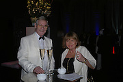 Mr. and Mrs. Barry Ratcliffe. The Black and White Winter Ball. Old Billingsgate. London. 8 February 2006. -DO NOT ARCHIVE-© Copyright Photograph by Dafydd Jones 66 Stockwell Park Rd. London SW9 0DA Tel 020 7733 0108 www.dafjones.com