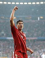 FUSSBALL 1. BUNDESLIGA SAISON 2011/2012: FC Bayern Muenchen - Hannover 96