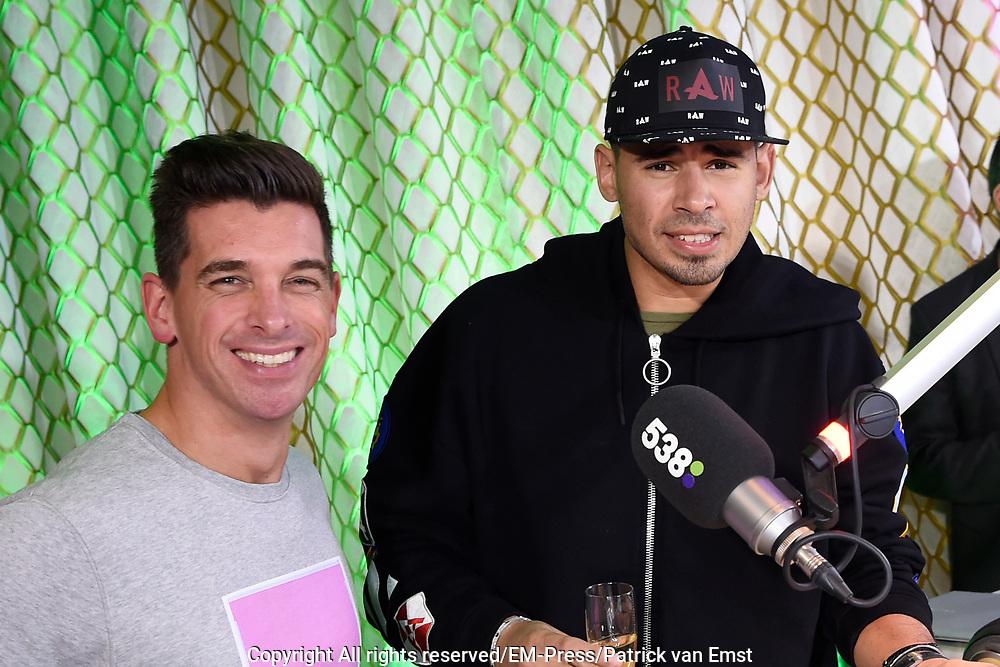 Lancering 538Dance Radio in het 538 DJHOTEL in Amsterdam.<br /> <br /> Op de foto:  Menno de Boer en Afrojack bij de lancering van 538Dance Radio