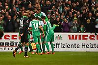 BILDET INNGÅR IKEK I FASTAVTALER. ALL NEDLASTING BLIR FAKTURERT.<br /> <br /> Fotball<br /> Tyskland<br /> Foto: imago/Digitalsport<br /> NORWAY ONLY<br /> <br /> GER, 1.FBL. Werder Bremen vs Hannover 96 05.03.2016, Weser Stadion, Bremen, GER, 1.FBL. Werder Bremen vs Hannover 96, im Bild Claudio Pizarro (Werder Bremen 14) Florian Grillitsch (Werder Bremen 27) Iver Fossum (Hannover 96 18) Freude 3:1 für Werder Bremen