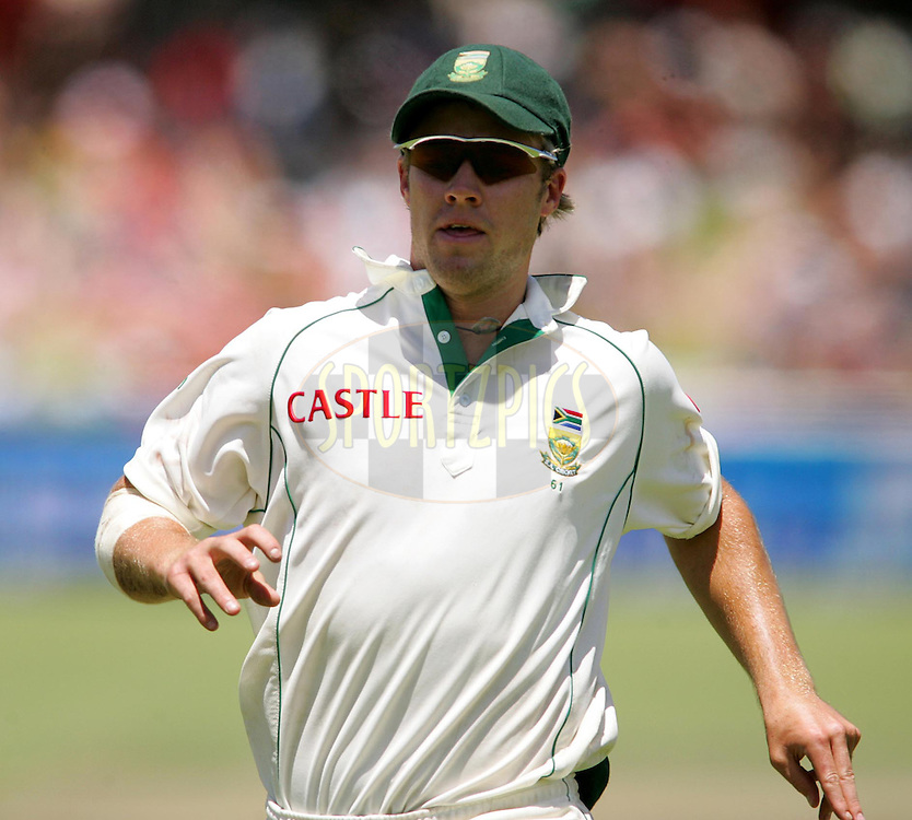 WESTERN CAPE, SOUTH AFRICA - 5th January 2007, AB de Villiers during day 4 of the third test between South Africa and India held at Newlands Stadium, Cape Town...Photo by RG/Sportzpics.net..