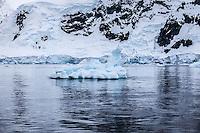 antarctic glacial scenery