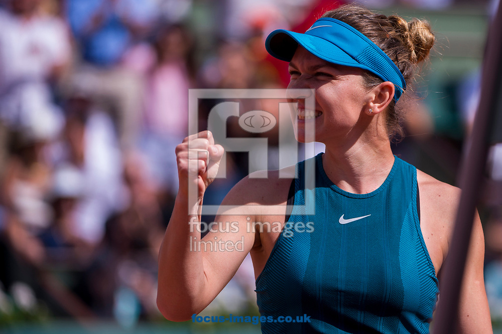 Simona Halep on Day Twelve of the ATP French Open Tennis Championship 2018 at Roland Garros, Paris<br /> Picture by EXPA Pictures/Focus Images Ltd 07814482222<br /> 07/06/2018<br /> *** UK &amp; IRELAND ONLY ***<br /> <br /> EXPA-THI-180607-0141.jpg