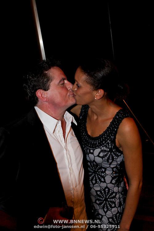 NLD/Eindhoven/20081012 - Premiere Cabaret, Johnny Kraaykamp en partner Peggy Reiziger