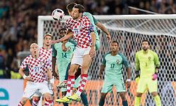 25.06.2016, Stade Bollaert Delelis, Lens, FRA, UEFA Euro 2016, Kroatien vs Portugal, Achtelfinale, im Bild Raphael Guerreiro (POR), Darijo Srna (CRO) // Raphael Guerreiro (POR), Darijo Srna (CRO) during round of 16 match between Croatia and Portugal of the UEFA EURO 2016 France at the Stade Bollaert Delelis in Lens, France on 2016/06/25. EXPA Pictures © 2016, PhotoCredit: EXPA/ JFK