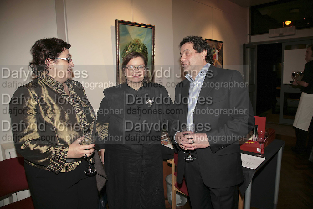 Inna Rogatchi, Gail McGuffie, and Michael  Rogatchi, The Real Dream, private view for an exhibition of work by Michael Rogatchi. Cork St. London.  5 December 2006. ONE TIME USE ONLY - DO NOT ARCHIVE  © Copyright Photograph by Dafydd Jones 248 CLAPHAM PARK RD. LONDON SW90PZ.  Tel 020 7733 0108 www.dafjones.com
