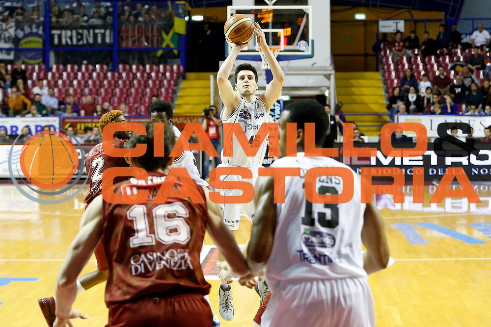 DESCRIZIONE : Venezia Lega A 2014-15 Umana Reyer Venezia Dolomiti Energia Trento<br /> GIOCATORE : Marco Spanghero<br /> CATEGORIA : Tiro<br /> SQUADRA : Umana Reyer Venezia Dolomiti Energia Trento<br /> EVENTO : Campionato Lega A 2014-2015<br /> GARA : Umana Reyer Venezia Dolomiti Energia Trento<br /> DATA : 18/04/2015<br /> SPORT : Pallacanestro <br /> AUTORE : Agenzia Ciamillo-Castoria/G. Contessa<br /> Galleria : Lega Basket A 2014-2015 <br /> Fotonotizia : Venezia Lega A 2014-15 Umana Reyer Venezia Dolomiti Energia Trento